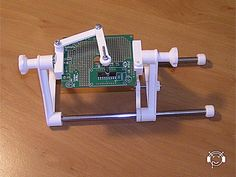 Simple PCB Holder