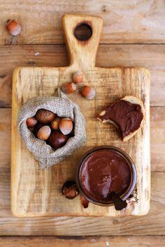 Krem kasztanowy z orzechami laskowymi, czekoladą i wanilią