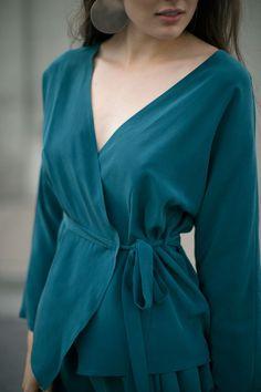 Kieley Kimmel Sale 50% Off - Turquoise Kimono Blouse   BONA DRAG