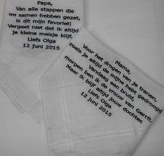 vader en moeder zakdoek bruiloft geschenk http://www.bruiloftzakdoekje.nl