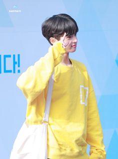 Korean Singer, Sons, Rain Jacket, Windbreaker, Actors, Jackets, Kpop, Happy, Fashion