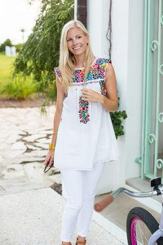 Brights + Whites in Alys - A PIECE of TOAST // Lifestyle + Fashion Blog // Dallas