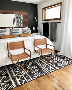 Home Interior Cocina .Home Interior Cocina Wood Bedroom, Bedroom Decor, Bedroom Ideas, Bedroom Storage, Rug For Bedroom, Bedroom In Living Room, Tan Bedroom Walls, Layered Rugs Bedroom, Bedroom Workspace