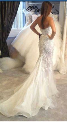 Textured detail beautiful wedding dress