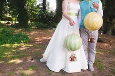 Cute hot air ballon props for an Art Deco wedding!