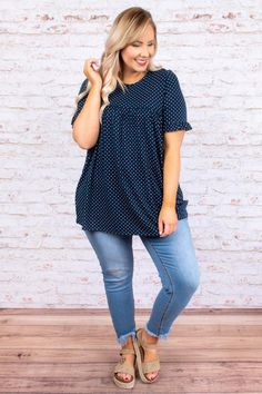 Counting The Stars Top, Navy – Chic Soul Curvy Outfits, Plus Size Outfits, Casual Outfits, Fashion Outfits, Fashion Styles, Size 12 Women, Plus Size Fashion For Women, Xl Mode, Summer Outfits Women Over 40
