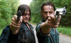 The Walking Dead: grupo procura por suprimentos - http://popseries.com.br/2016/02/21/the-walking-dead-6-temporada-the-next-world/