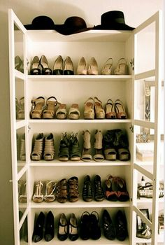 not a separate box for each pair of shoes, but a simple row of shelves