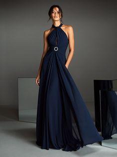 Pronovias Partykleider 2020 - Glanz und Glamour für die Hochzeitsgäste #abendmode #festmode #partykleider