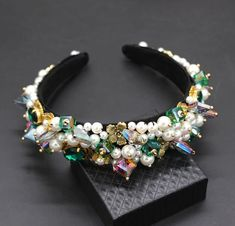 Personality street style headband Baroque exaggerated crystal pearls with headband catwalk dance multicolor headband 903 Jeweled Headband, Crystal Headband, Pearl Headband, Baroque Fashion, Royal Fashion, Hair Jewelry, Bridal Jewelry, Jewelry Accessories, Fashion Accessories