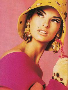 linda evangelista - photo by steven meisel - stylist carlyne cerf de dudzeele - vogue italia 1990