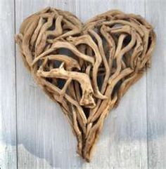 Driftwood heart. Beautiful...I'm thinking letters would be cool
