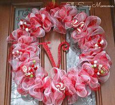 Great Christmas Deco Mesh Wreath Idea