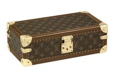 The Louis Vuitton's rage also includes the 8 Watch Case that is styled in monogram canvas. It has a removable tray that can keep your precious belongings safe. The 8 Watch Case can easily be carried in a suitcase or in the safe, making it easy to carry. It also has removable cushions for watches and can hold upto 8 watches.