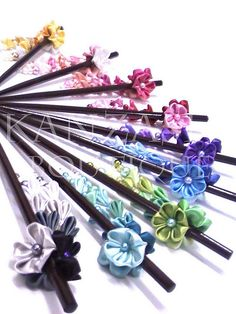 Talking about rainbow . Ribbon Flower, Fabric Flowers, Paper Flowers, Ribbon Crafts, Flower Crafts, Baby Crafts, Diy And Crafts, Wonderful Flowers, Kanzashi Flowers