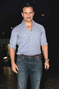 Filmmaker Sajid Khan celebrated his birthday with Akshay Kumar, Saif Ali Khan, Abhishek Bachchan, Tamannaah Bhatia and other Bollywood stars in Mumbai. Check out pictures from the bash. Bollywood Stars, Bollywood Fashion, Saif Ali Khan, Salman Khan, Casual Shirts For Men, Men Casual, Indian Men Fashion, Men's Fashion, Sajid Khan