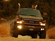 MOVIE: Transformers  VEHICLE: 2007 GMC Topkick C4500  http://willowhavenoutdoor.com/featured-wilderness-survival-blog-entries/the-most-awesome-tv-bug-out-vehicles-of-all-time/