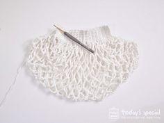 코바늘 네트백 도안_상세설명추가 : 네이버 블로그 Filet Crochet, Crochet Hats, Crochet Clutch, Net Bag, Market Bag, Clutch Purse, Knitting Patterns, Diy And Crafts, Purses