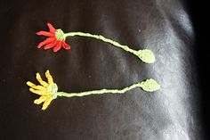 Pressed Flower Bookmark,by Heather C. Gibbs..Thanks for sharing this pretty pattern!