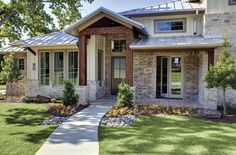 This home in Highland Hills, Texas is now net zero-energy ready. Since their window replacement, they have been certified Energy Star, by the Dept. of Energy Challenge Home. Plus, they were named a Green Built Texas Home. The project featured Tuscany® Series casement and picture windows as well as Ultra™ Series patio doors.