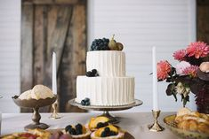 Berry + fig topped cake