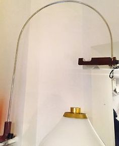 Oltre 1000 idee su lampade da tavolo vintage su pinterest for Lampada spider joe colombo