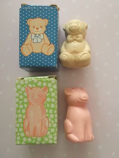 VINTAGE AVON CUTE MINI TEDDY AND PIG COLLECTABLE SOAPS