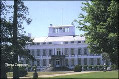 Tien vrouwen van Soestdijk/ waaronder Maria Louise van Hessen-Kassel.
