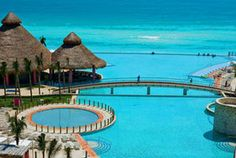 It's hard to tell where the pool ends and the ocean begins at the Westin Lagunamar Ocean Resort Pool in #Cancun, #Mexico. Description from pinterest.com. I searched for this on bing.com/images