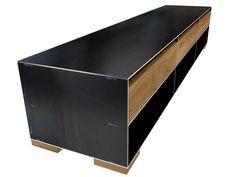Design Sideboard Metall modern und minimalistisch in Zunderstahloptik und Massivholz