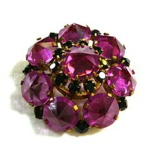 Vintage Magenta Jewelry Set Brooch Earrings (Violet-Red) Faceted... (€23) ❤ liked on Polyvore featuring jewelry and earrings