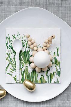 Eierbecher aus Holz als Osterhase / wooden eggcup easter bunny made by S i n n e n r a u s c h via DaWanda.com