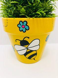 Painted Plant Pots, Terracotta Flower Pots, Clay Flower Pots, Painted Flower Pots, Flower Boxes, Clay Pots, Clay Pot People, Decorated Flower Pots, Clay Pot Crafts