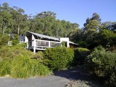80 Treefern Road, Kangaroo Valley, NSW 2577 - HA - I wish we could live out there.