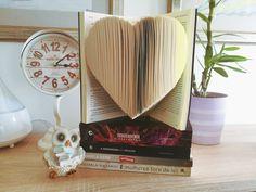 Dar uma nova vida aos livros? Sim, é possível! University Of Westminster, Sarah J, Sim, Good Books, Decor, Books, Decoration, Decorating, Deco