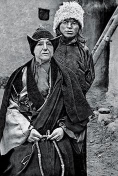 ALEXANDRA DAVID-NÉEL, PHOTOGRAPHED WITH HER ADOPTED SON IN 1920. From Mark Sikes blog - love it.
