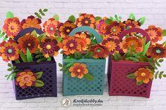A mai blogbejegyzésben 3D-s üdvözlőkártyát készítünk el, őszi virágokkal. Tartsatok velem!      Különleges képeslapot ajándékozni vagy kapni nagy öröm, mert csodás dekorá... Gift Wrapping, Scrapbook, Blog, Gifts, Gift Wrapping Paper, Presents, Wrapping Gifts, Gift Packaging, Gifs