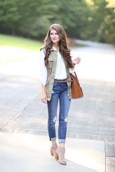 Green Utility Vest Outfit Idea by Southern Curls and pearls Cute Winter Outfits, Fall Outfits, Fashion Outfits, Womens Fashion, Fashion Trends, Boho Fashion, Fashion Tips, Olive Vest, Olive Green Vest Outfit