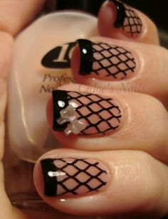 Fish net stocking nails