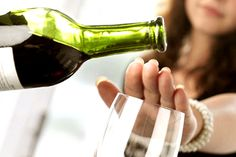 Alcohol addiction is a difficult one. Explore some tips to battle against the addiction and emerge with flying colors! Quit Drinking Alcohol and enjoy the new phase of life. Health Guru, Health Class, Health Trends, Health Tips, Health Articles, News Articles, Nutrition Tips, Quit Drinking Alcohol, Quitting Alcohol