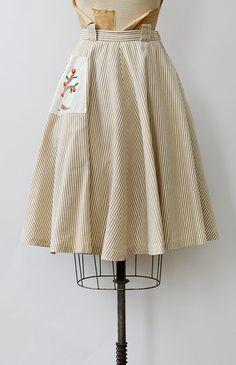 vintage 1950s light tan stripe patch pocket skirt