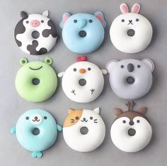 With this collection of donuts you will receive suggestions for donut recipes. Probi The post With this collection of donuts you will receive suggestions for donut recipes. Probi appeared first on Dessert Factory. Desserts Végétaliens, Dessert Recipes, Disney Desserts, Cute Donuts, Donuts Donuts, Mini Donuts, Fried Donuts, Cute Baking, Kids Baking