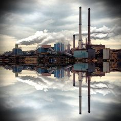 Industrial Holland. Blast furnace @ IJmuiden. #greetingsfromnl Romanticism, Man Cave, Holland, Dutch, Cool Pictures, Birth, Cities, Industrial, Artists
