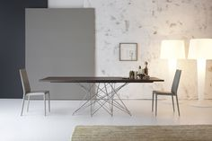 Octa table with Eral chair