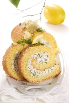Pistachio and Cream Swiss Roll