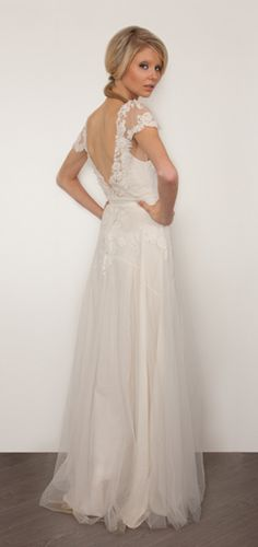 - SARAH JANKS - Bridal Couture -
