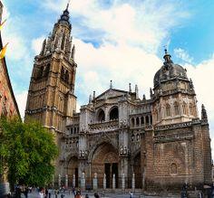 Catedral de Toledo, España www.villanazules.com