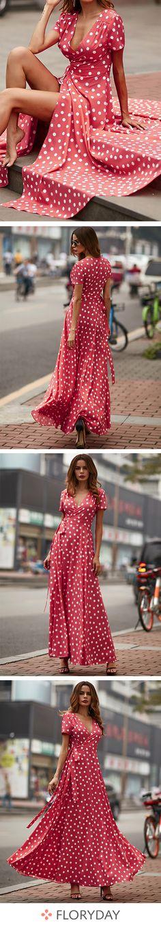 Voici une splendide robe rouge pour votre été.