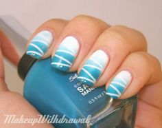 Makeup Withdrawal: May 2012 Gradient nails but with a little more jazz- They have a zig-zag pattern because of the tape you put down before you sponge. Zig Zag Nails, Gradient Nails, Blue Nails, Ombre Nail, White Nails, Get Nails, Fancy Nails, How To Do Nails, Gorgeous Nails