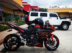 Yamaha R1 RN22 Yamaha Motor, Yamaha Yzf R1, Sport Motorcycles, Sport Bikes, Moto Bike, Motorcycle Bike, Bike Ideas, Mopeds, Street Bikes